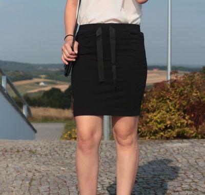 Spódnice Czarna spódniczka na rozpoczęcie roku szkolnego ołówkowa czarna dopasowana spódnica