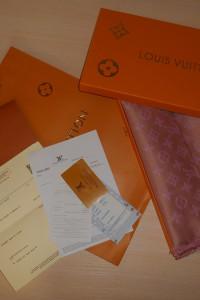 Louis Vuitton Szalik Szal apaszka damski kasmirowa Francja LV...