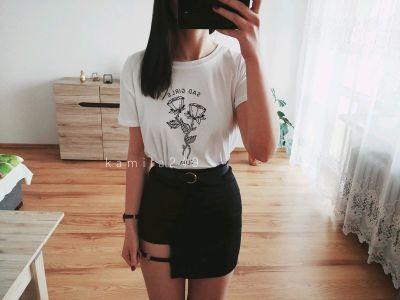 Spódnice czarna seksowna dopasowana spódniczka z wycięciem w stylu grunge vintage goth tumblr 90s sexy