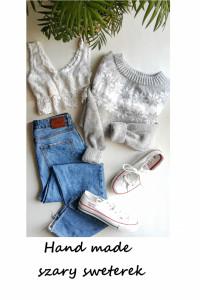 Szary sweterek śnieżynki świąteczny wzór S M handmade