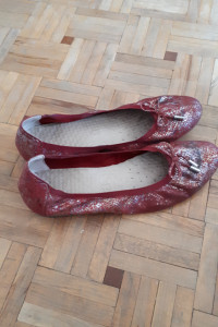 Czerwone balerinki
