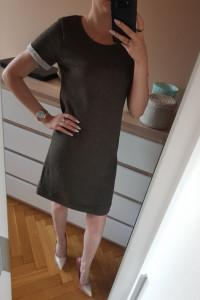 prosta sukienka...