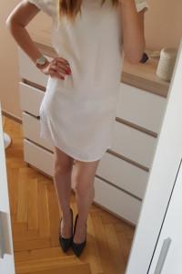 biała mini