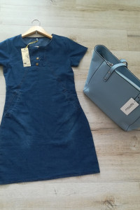 Nowa jeansowa niebieska sukeinka z kieszeniami i napami...