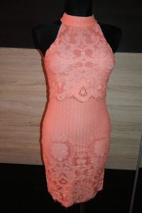Missguided efektowna sukienka gipiura roz 36...