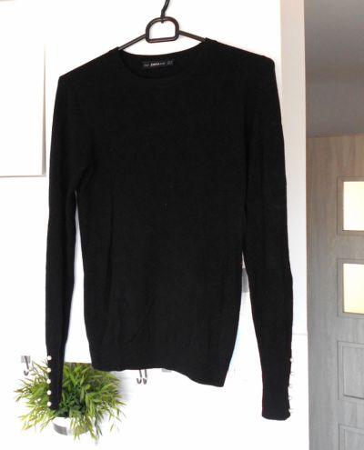 Swetry Zara czarny sweter z perłami perełki minimalizm