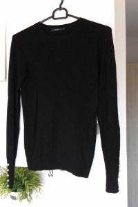 Zara czarny sweter z perłami perełki minimalizm