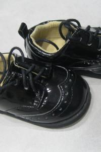 buciki lakierkowe H&M 19 czarne wiązane