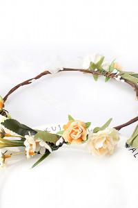 Nowy wianek korona kwiatowa pomarańczowe białe kwiaty liście bo...