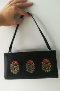 Mała torebka do ręki