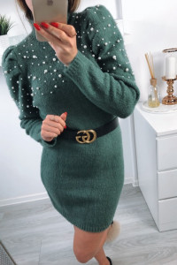 piękna zielonkawa dzianinowa sukienka z perełkami