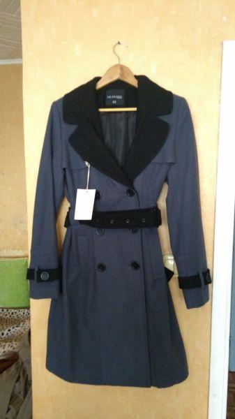 Odzież wierzchnia płaszcz Top Secret 40 L NOWY