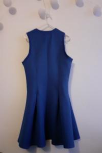 Granatowa sukienka z zamkiem...