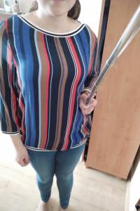 Bluzka w paski kolorowe...