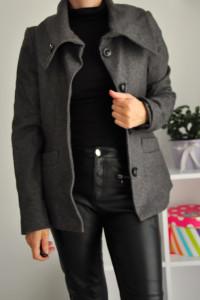Kurtka krótki płaszcz...