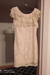 Koronkowa sukienka Lipsy London...