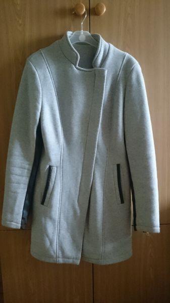 Odzież wierzchnia Damski płaszczyk przejściowy dresowy rozmiar 38
