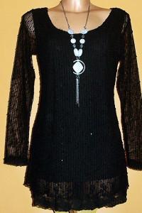 Sweter tunika w kolorze czarnym z koronką i cekinami marki MAND...