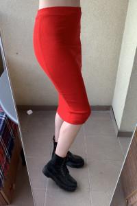 spódnica midi czerwona prążkowana jesienna ołówkowa basic...