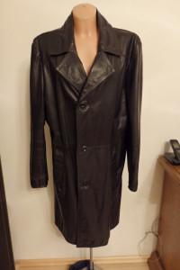 Czarny płaszcz skórzany skóra...