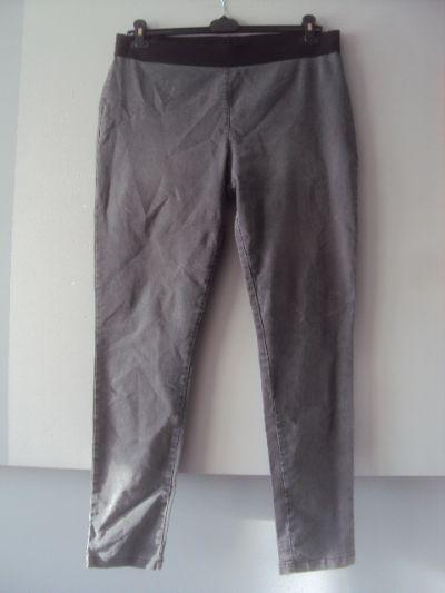 Spodnie spodnie jegginy
