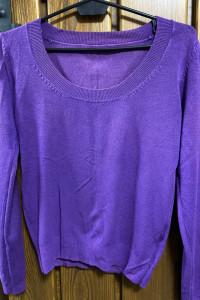 fioletowy sweterek...