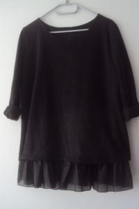 oryginalny sweterek z kokardkami