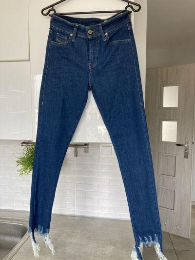 Spodnie Diesel Sandy nowe jeansy rurki ripped skinnny