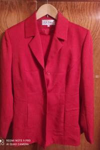 Czerwony zestaw żakiet i spodnie...