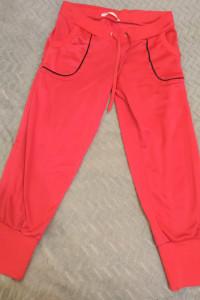 różowe spodnie dresowe S
