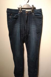 Spodnie Jeansy r44
