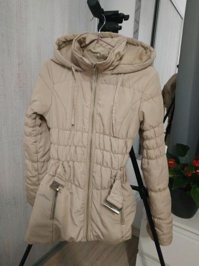 Odzież wierzchnia Beżowa kurtka top secret XS pikowana