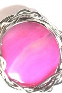 Efektowna duża różowa broszka z agatem...