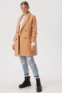 Płaszcz dwurzędowy z kieszeniami