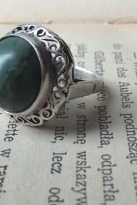 Warmet koronka zielony kamień proby