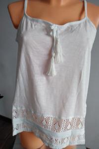 Biała bluzka z ażurkiem r M