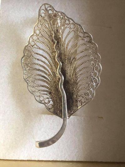 Broszki Stara rosyjska srebrna broszka liść filigran 925