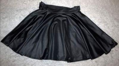 Spódnice Czarna spódnica rozmiar s m