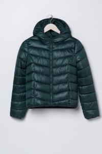 Pikowana kurtka z kapturem butelkowa zieleń...