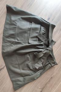 Spódnica skórzana krótka rozkloszowana zielona khaki czarny roz...