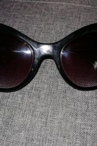 Oryginalne okulary przeciwsłoneczne Moschino