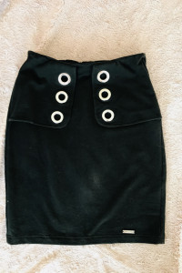 Klasyczna spódnica z ozdobami S...