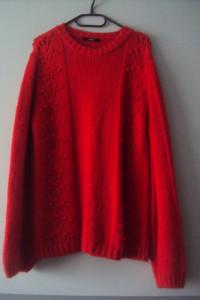 sweter z azurem i bąbelakami...