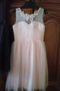 Tiulowa sukienka blady roz 34...