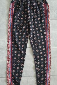Atmosphere nowe spodnie XXS 32