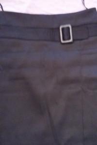 Czarna spódnica 38