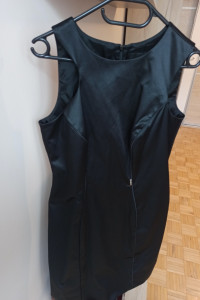Czarna sukienka Simple nowa rozmiar 38