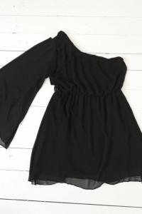 Czarna sukienka...