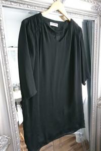 Sukienka VERO Moda M mała czarna prosty krój elegancka