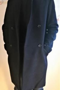 Czarny biznesowy zimowy ciepły płaszcz męski H M r 46